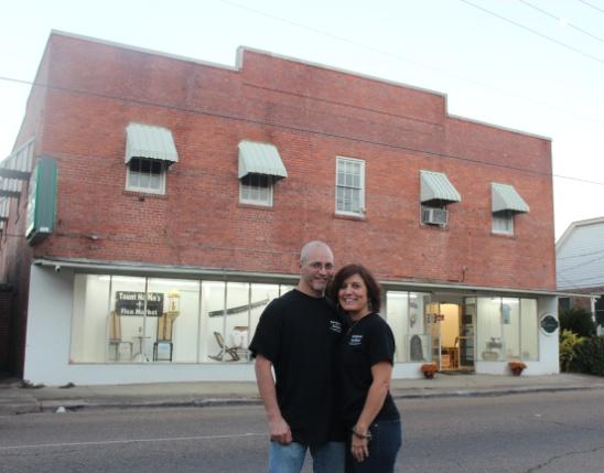 Tonya Romero & Todd Badeaux owners of Taunt Na Na's